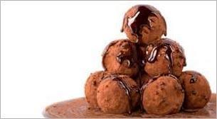Minik Eller Çikolatalı Truf Yapıyor Etkinlik Afişi