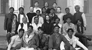 JUNUN featuring Shye Ben Tzur and the Rajasthan Express - Miles Mosley  Etkinlik Afişi