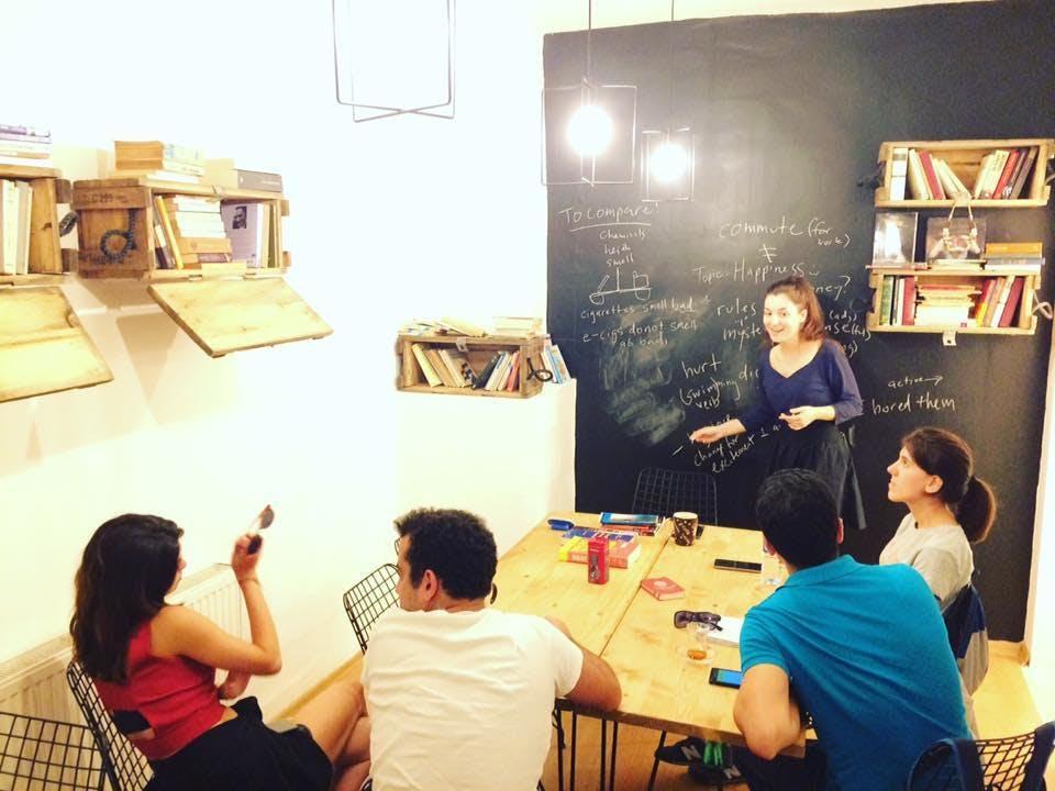 Meet 2 Talk Cafe Etkinlik Afişi
